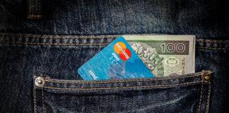 Jak bezpiecznie skorzystać z pożyczki przez Internet?