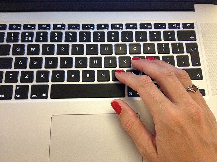 Kiedy uczyć dziecko pisania na komputerze